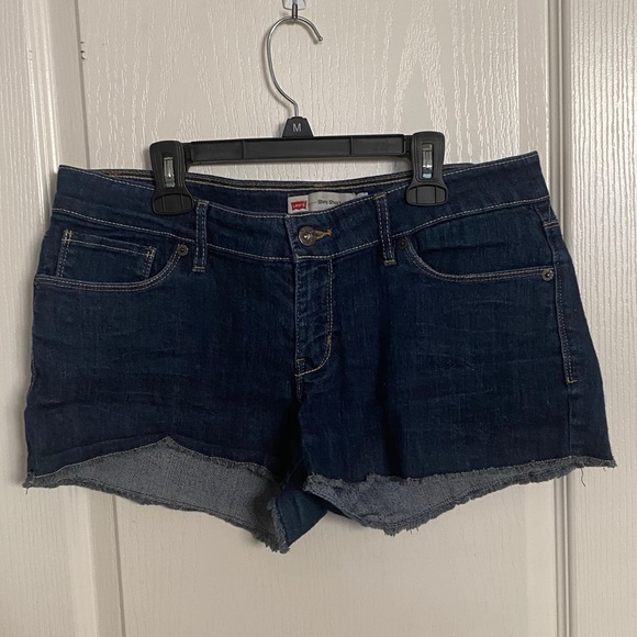 Levi - Denim Shorty Shorts
